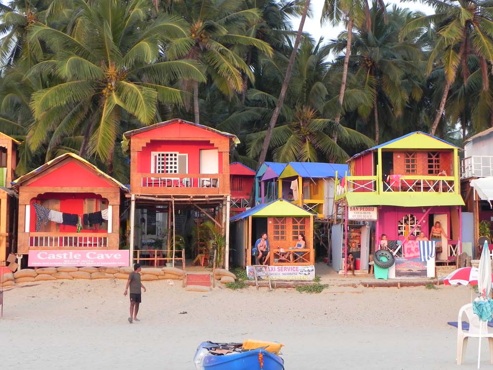 This is goa india, this area is called pallolem and it is stunning with beautiful colorful houses by the beach