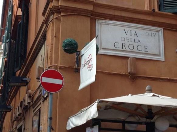 Via della croce street sign