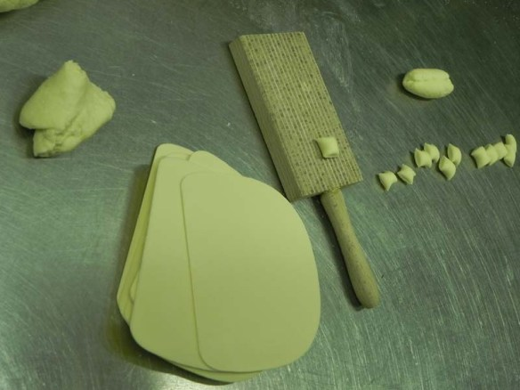 Steps to how to make your own pasta from scratch