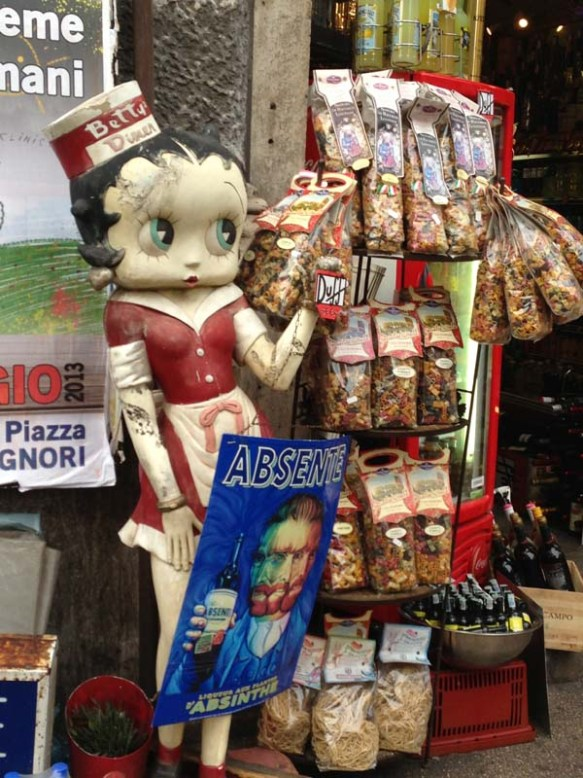 Betty Boop selling Pasta