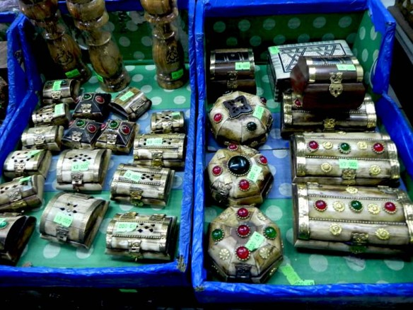 Fake gold jewelry boxes in al balad downtown Amman