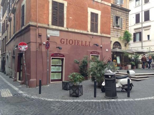 Via dele Angeletto - gioielli