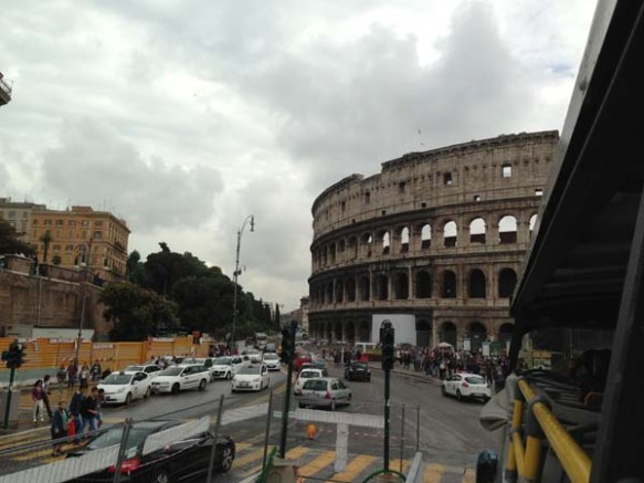 Bus trip to the Piazza del Colosseo colosseum
