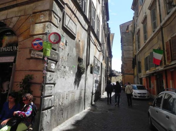 side walks in campo de'firoi