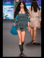 Anna Sui Hip hippie sheer chiffon elegance tailored tweed emroiderry sequence print hip funky pop Spring Summer 2014 fashionweek paris london milan newyork nyc-3_1
