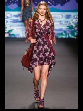 Anna Sui Hip hippie sheer chiffon elegance tailored tweed emroiderry sequence print hip funky pop Spring Summer 2014 fashionweek paris london milan newyork nyc-5