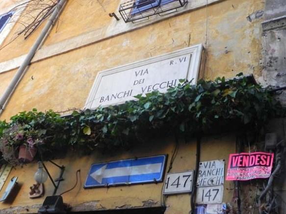 Via del Banchi Vecchi street sign