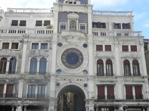 Architecture in venice is breathtaking specially with the beautiful cute little windows and decorations art is in everything