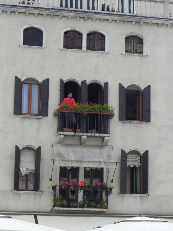 Architecture in venice is breathtaking specially with the beautiful cute little windows and decorations art is in everything red flowers