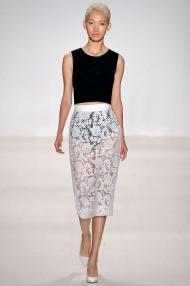 White tul skirt