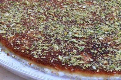 Palestinian Dessert Knafeh