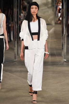 White suits Spring Summer 2015
