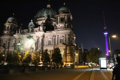 Berlin dom dome cathedral at night