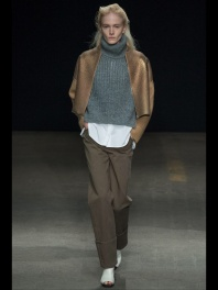 brown pants xCocoon Layering outfits