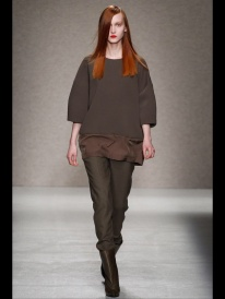 brown sweater Cocoon Layering outfits