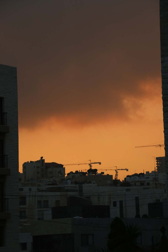 Photograph of an Orange sky for sunset in Amman