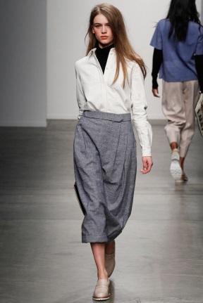 grey skirt classic looks