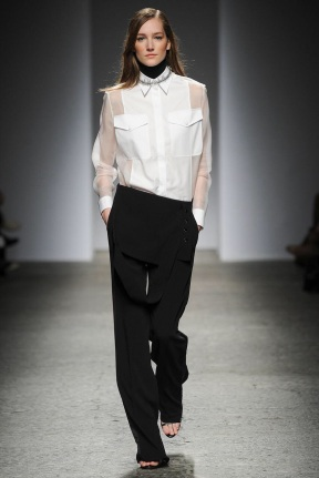 white top and black pants classic looks