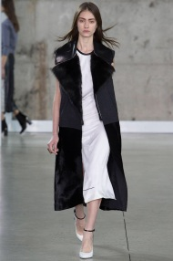 sleevless long coat Favorite coats for this fall winter 2014 2015 ready to wear collections