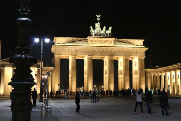 Night shot of the Brandenburg gate in berlin
