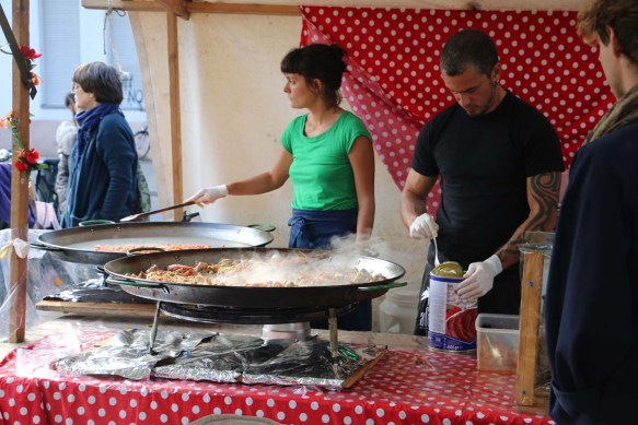 Making Paella at Neukolln flea market