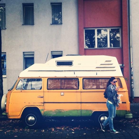 Neukolln yellow bus