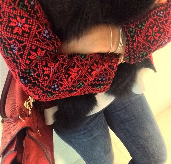 Packing for freezing #Paris 🇫🇷❄️⛅️☔️#offtowork #AllThingsMochi #PalestineCollection