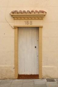 beige door