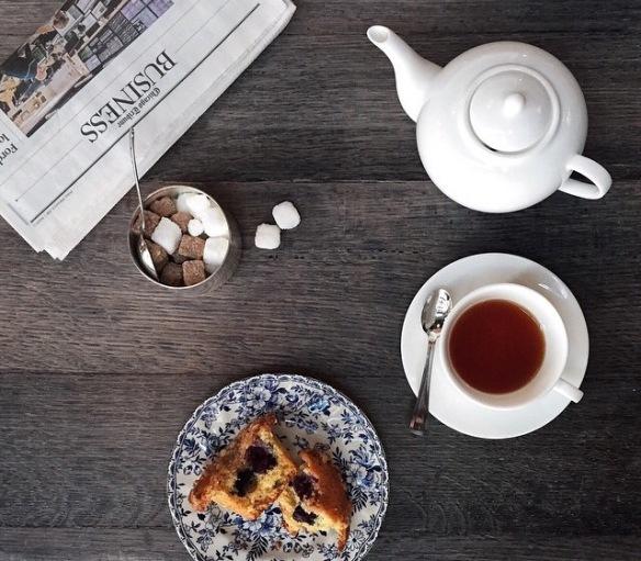 TrotterMag, tea, cake, dinner table