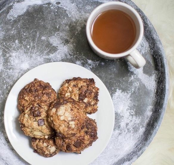 cookies, tea
