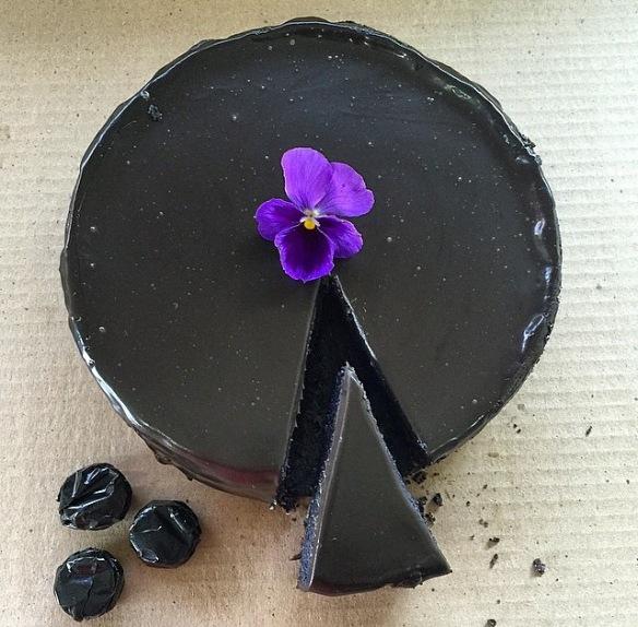 Black cheesecake, cheesecake, foodie