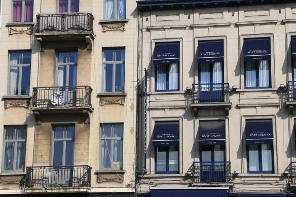 Belgium, brussels, travel, travel blog, architecture-7