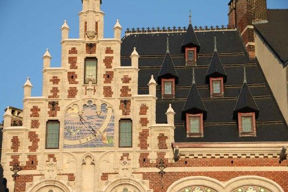 Belgium, brussels, travel, travel blog, architecture, Coudenberg Street-3