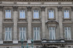 Belgium-brussels-traveling-travel-blog-architecture-Royal-Palace-Brussels-park-9