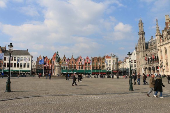 architecture in bruges