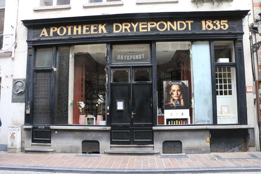 pharmacy, belgium, bruges, apotheek