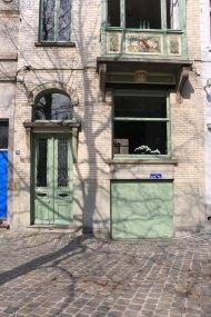 ghent, architecture, green door