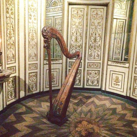 Harp, art