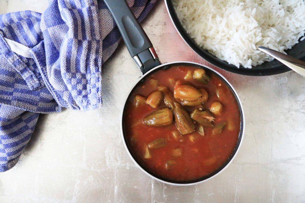 bamieh, okra, tomato, stew