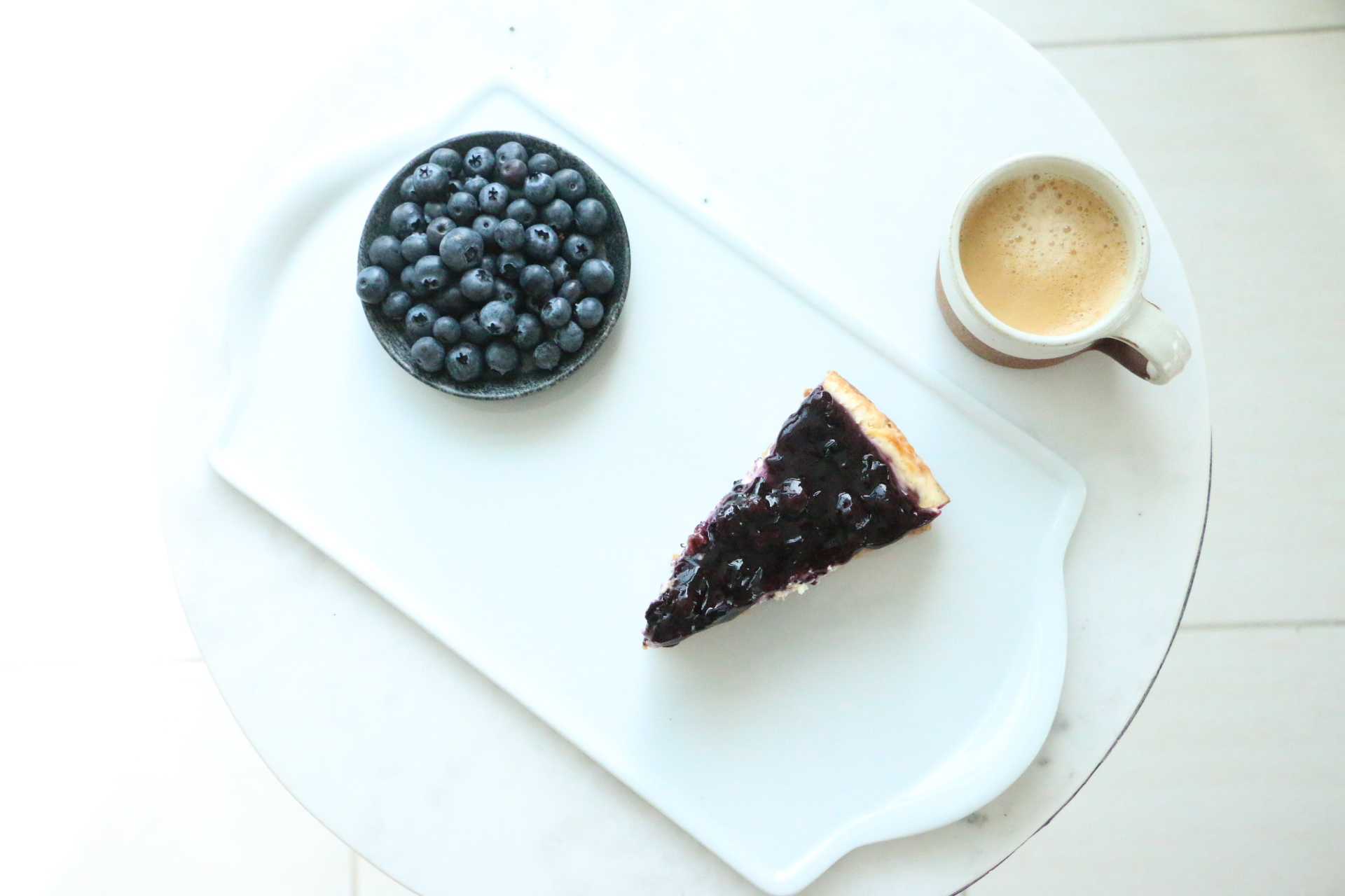 A divine blueberry baked cheesecake