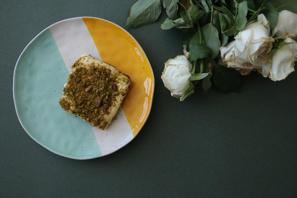 date cake, date cheesecake, no-bake cheesecake, date lovers